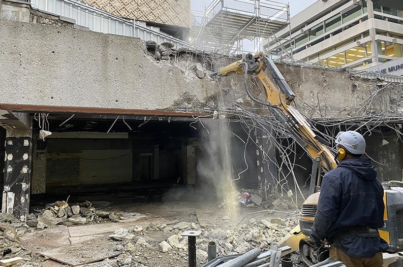Robot démolisseur Part Dieu à Lyon